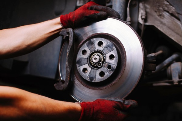 When Your Car Can Need a Brake Repair Service?